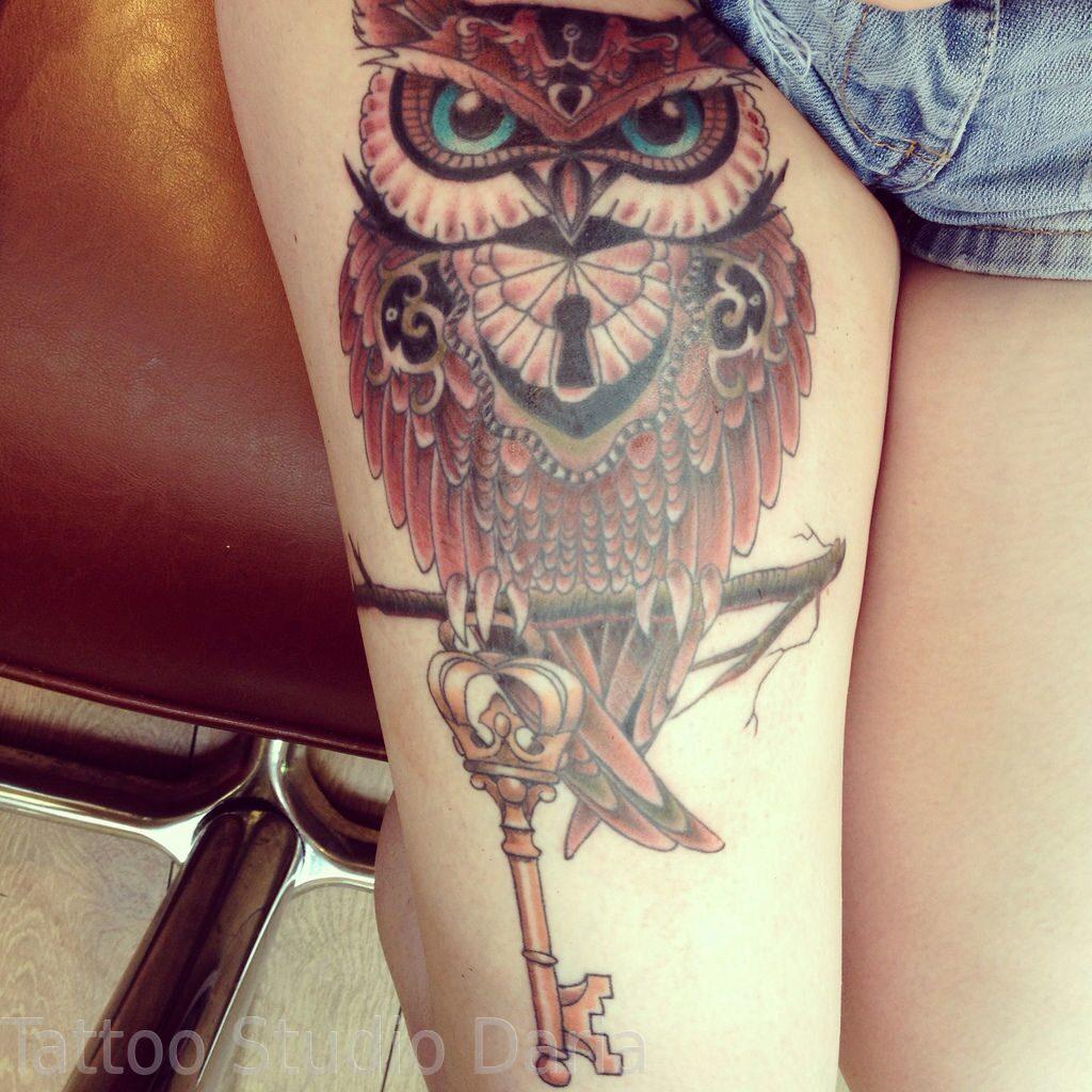 Что значит татуировка сова на ноге